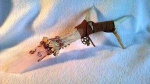 Wr12 Rose quartz deer antler wand by InVistaArts
