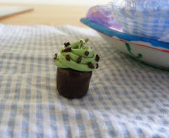 Mint choc chip cupcake by Charlotte-Holmes