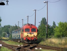 M41 2112 with passenger train in Gyorszabadhegy... by morpheus880223