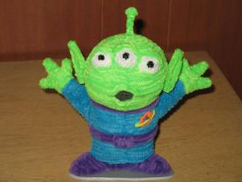 Pipe Cleaner Toy Story Alien by fuzzymutt