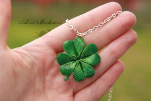 Lucky clover from polymer clay by Krinna