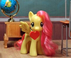Heart with Fluttershy by AnimatorAR