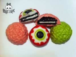 Brain and Eyeball Chocolate Covered Oreos by Corpse-Queen