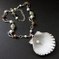 Seashell and Pearl Necklace by Gilliauna