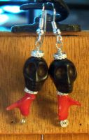 Skull and coral earrings by artefaccio