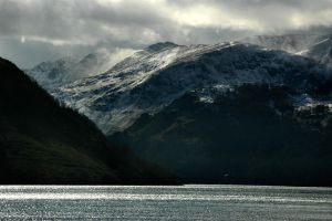 Ullswater - Black and Snow by kawardi