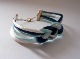 Blue and white satin lace knot bracelet by agarance