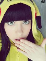 Cosplay Pikachu 7 by SaFHina