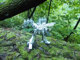 Paper model - Noblesse Oblige (in forest1) by Sermann