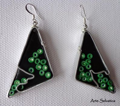 Green earrings by ArteSelvatica