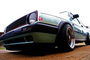 VW Golf by Thorero