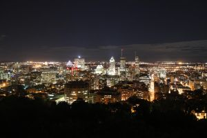 Montreal at Night by kangmlee