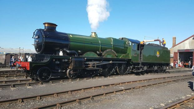 5043 Earl of Mount Edgcumbe at Didcot in Oxford by Ryansmither1