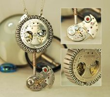 Steampunk 'Keyblade of Technology' Pendant by Henri-1