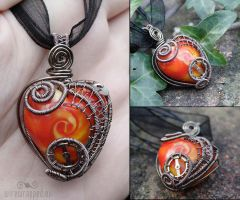 Swirly clockwork heart by ukapala