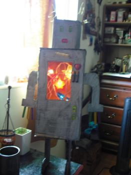 zomg a robot by halogirlie
