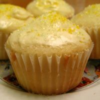 Yellow Cupcakes by redglassfire