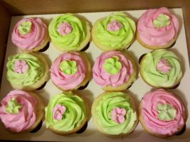 Neon Green and Pink Vanilla Bean Cupcakes by missblissbakery