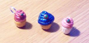 cupcake charms by BloodStainedSilk