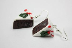 Christmas cake earrings by DragonsDust