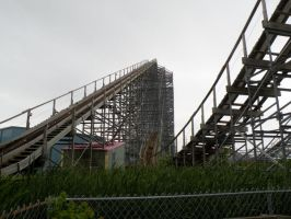 Abandoned Six Flags 21 by nevertakemystock