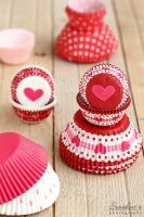 Cute love-themed cupcake liner by kupenska