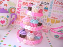 Beaded Cupcake Charms by MigotoChou