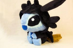 Toothless Stitch side 2 by Ithieldaer