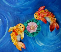 Summer goldfish. Yellow and orange kanzashi by hanatsukuri