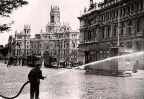 drop alcohol Madrid street to burn nazi invaders by dlink97