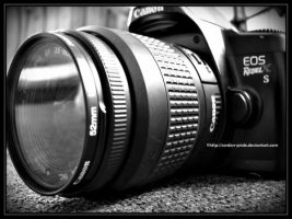 Canon Rebel XS by Cordon-Pride