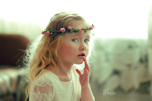 Angel Retouch by HayleyGuinevere