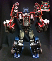 Transformers FOC : Optimus Prime Repaint 04 by wongjoe82