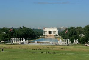 WWII and Lincoln Memorials by Kippenwolf