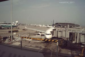 Hong Kong - Airport by resir014
