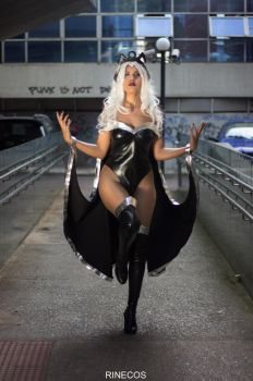 Storm Cosplay by Rinecos