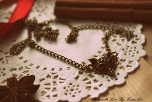Pendant with the head of a fox ... by KaoriArt