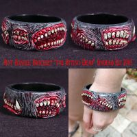 Rot Bangle Bracelet BitingDead by Undead-Art