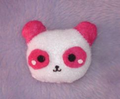 Panda brooch plushie by Kittyportugal