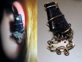 'The Squid' earcuff by Makogoeth