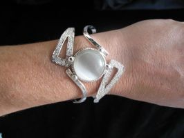Sister of the Moon Bracelet by camias