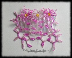 Pink comb by Cayca