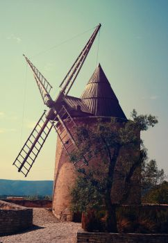 Moulin by Sysiah