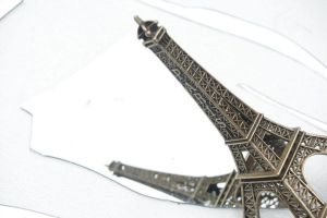Eiffel Tower by Shikorita