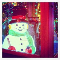 Frosty Phone Home by piratesofbrooklyn