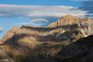 Lenticular clouds on Port Boucharo by setnan