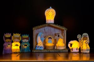 tea light nativity by bimjo