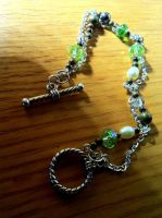Green And Sunny Chain Bracelet by Flylend