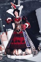 alice madness returns : queen Cosplay by Moon-Pie-Panda