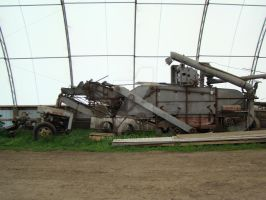 Threshing Machine at Rest by TrJaGw